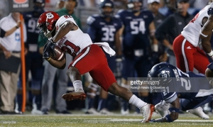 North Carolina State running back Matthew Dayes (21) breaks free from Old Dominion cornerback Aaron Young (27) during the first half at S.B. Ballard Stadium in Norfolk, Va., on Saturday Sept. 19, 2015. (Ethan Hyman/Raleigh News & Observer/TNS)
